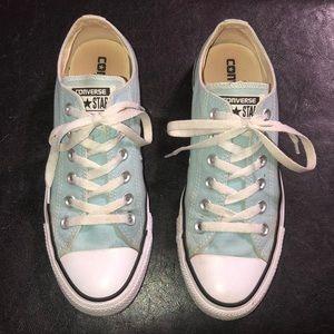 Light blue converse all star